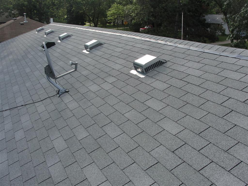 Zinc Strips Kill Moss on Roofs_2.jpg